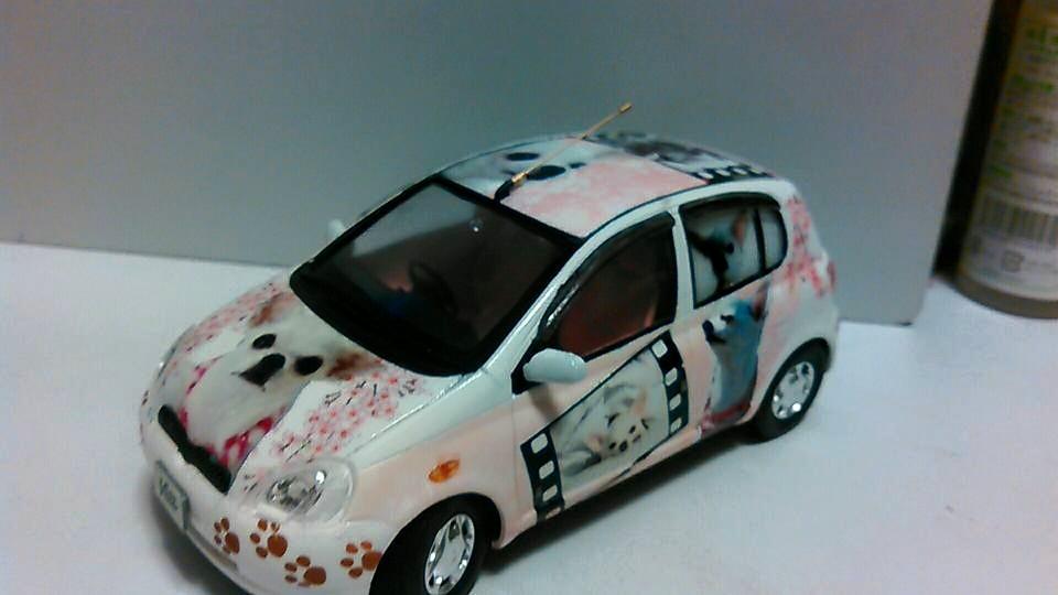 Yoshiharu Itouさんが愛犬シュピシュピの痛車 ヴィッツの写真を投稿しました!