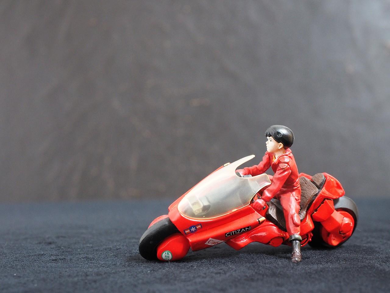 サトウさんが金田とバイクの写真を投稿しました!